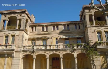 ... Aujourdu0027hui Cabinet Médical) Et Le Château Des Louanes (ancienne  Antenne De La Chambre De Commerce), Tous Les Deux Situés Sur Lu0027avenue De La  République.